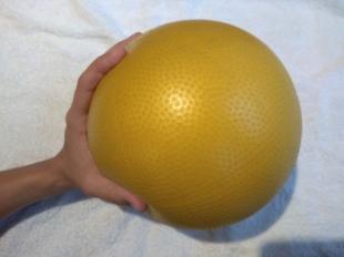 pelota grande. oposición pulgar